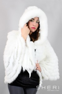 Alaska - white fox cape with hood - Code: 122