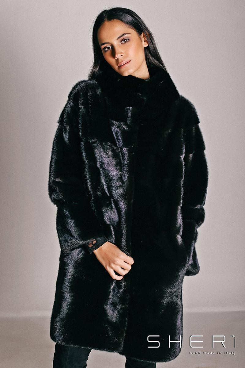 official photos f66aa dd71a Pelliccia nera - SHERì Pellicce Hand Made in Italy - Fur Fashion